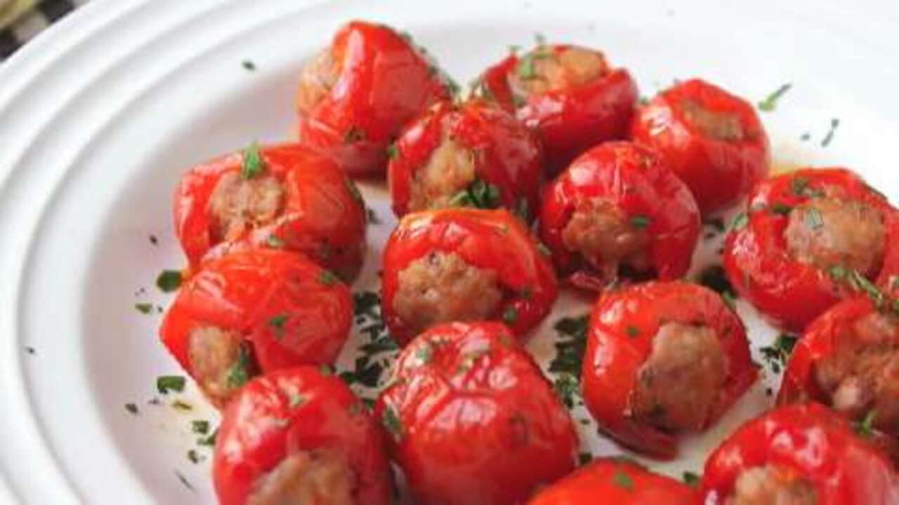 sausage stuffed cherry pepper poppers video