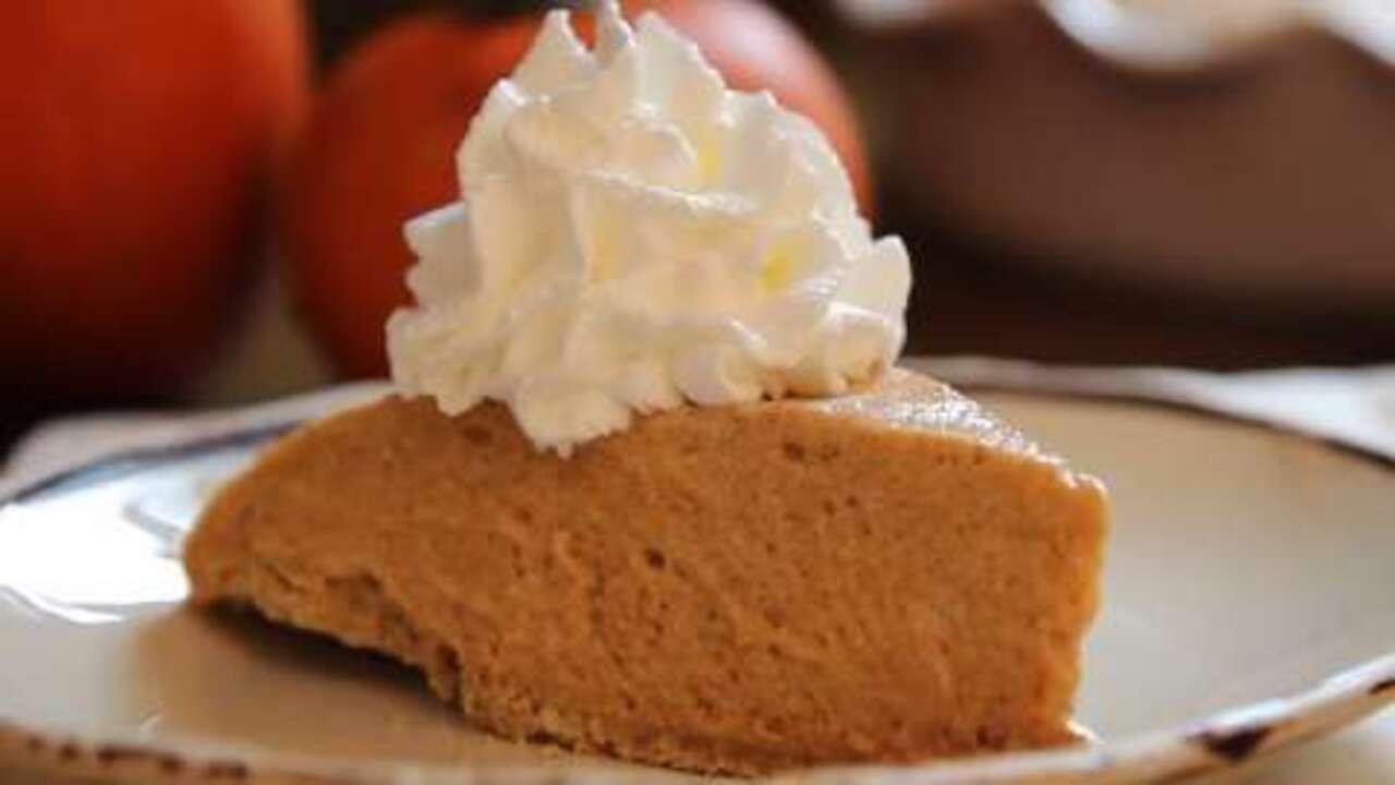 pumpkin chiffon pie video