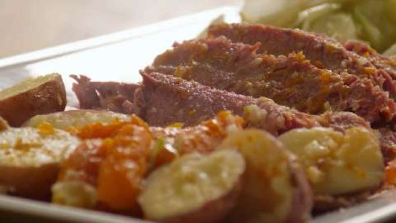 corned beef and cabbage i video