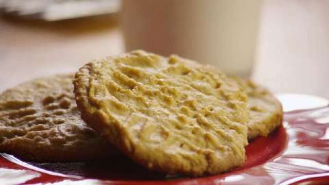 Classic Peanut Butter Cookies Video