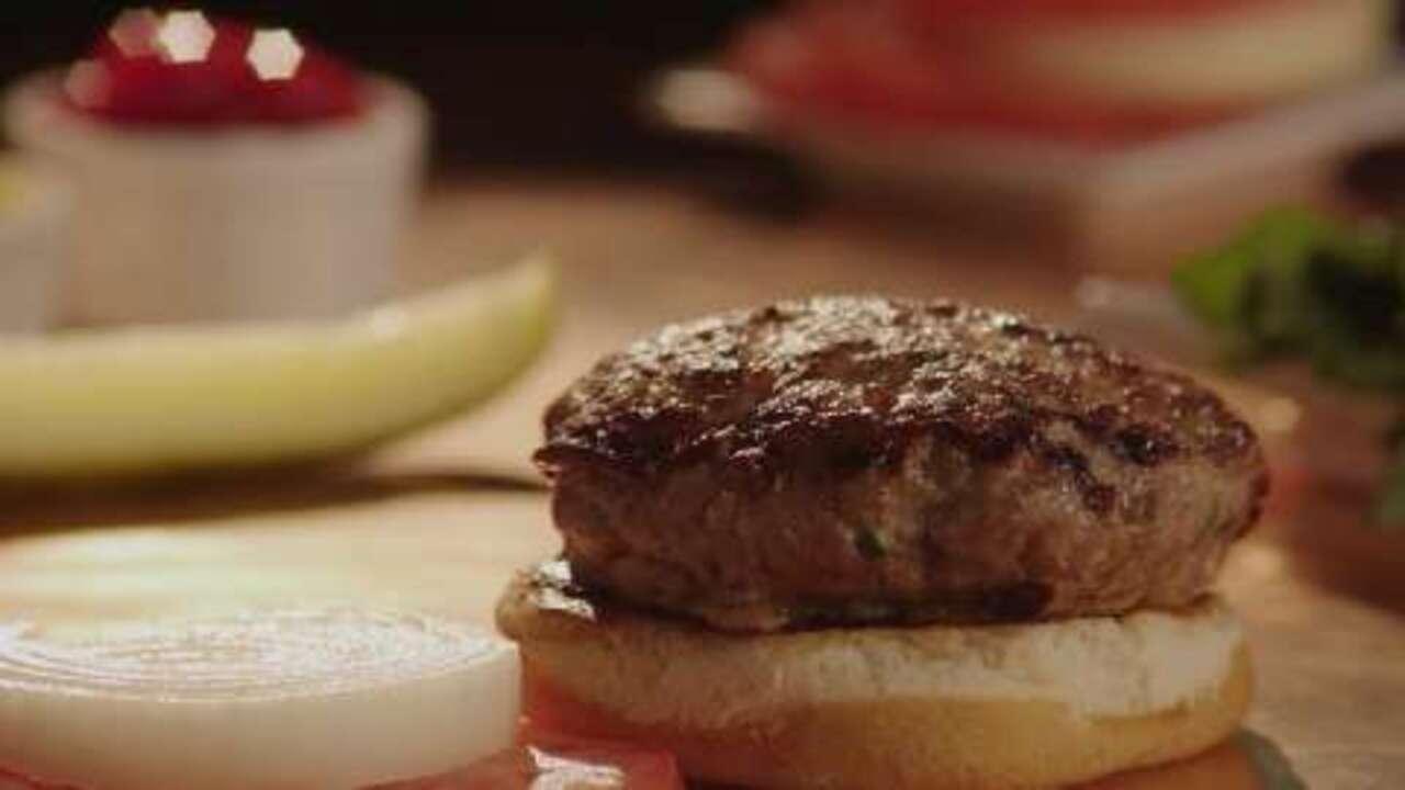 actually delicious turkey burgers video