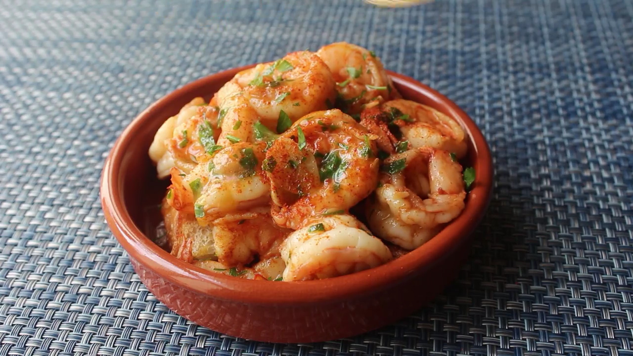 Spanish Garlic Shrimp (Gambas al Ajillo) Video