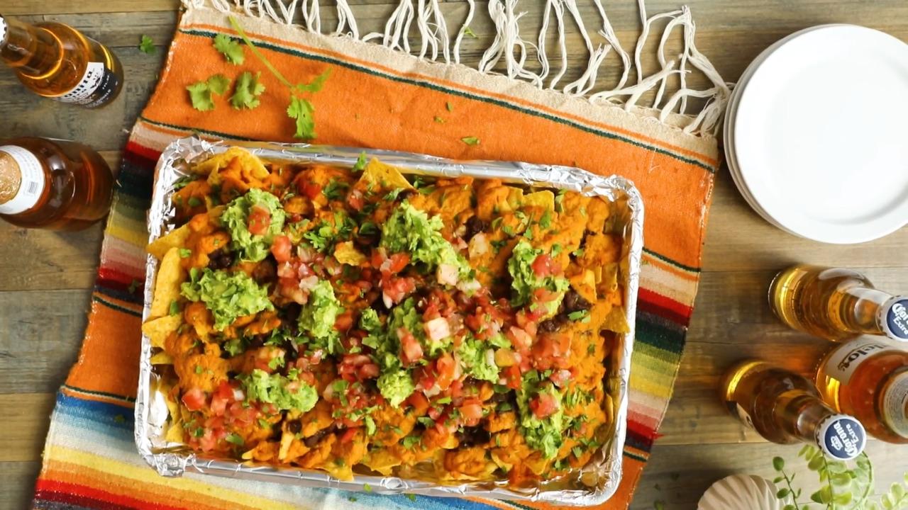 vegan loaded nachos video