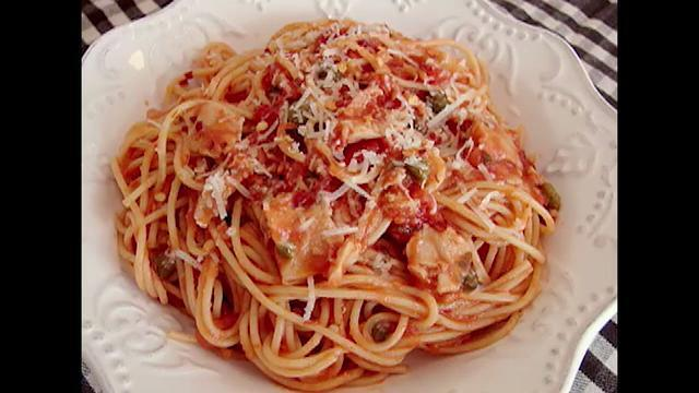 chef johns spaghetti with red clam sauce video