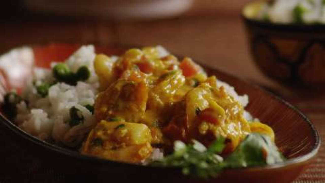 indian shrimp curry video