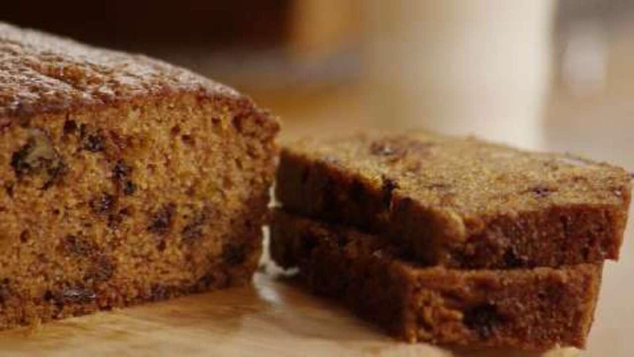 chocolate chip pumpkin bread video