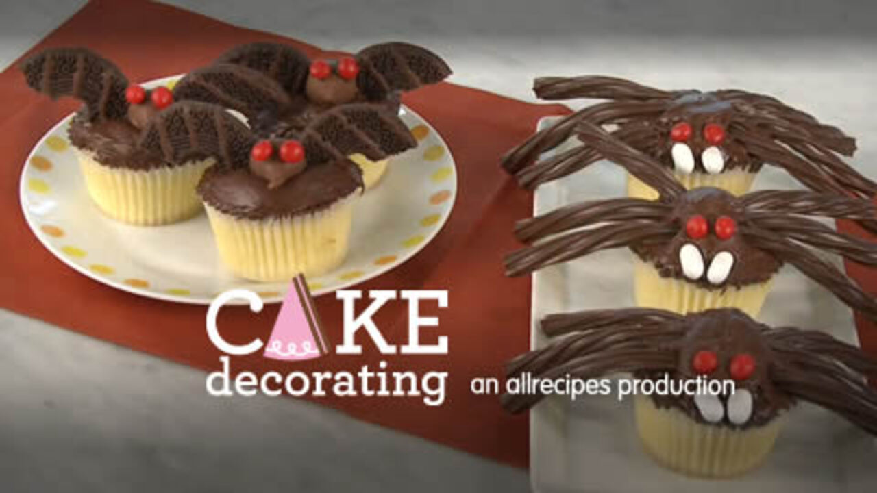 bats and spider cupcakes video
