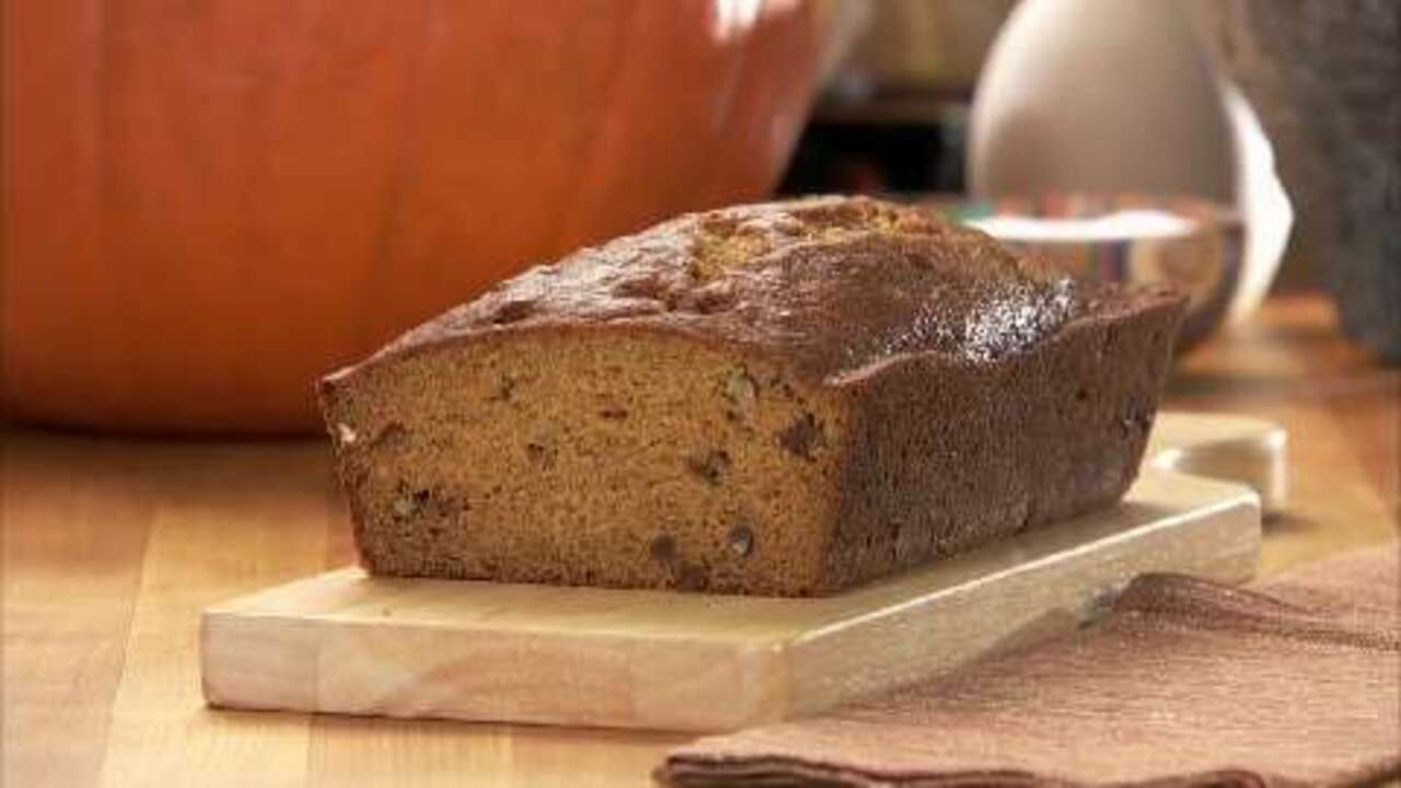 holiday pumpkin bread video