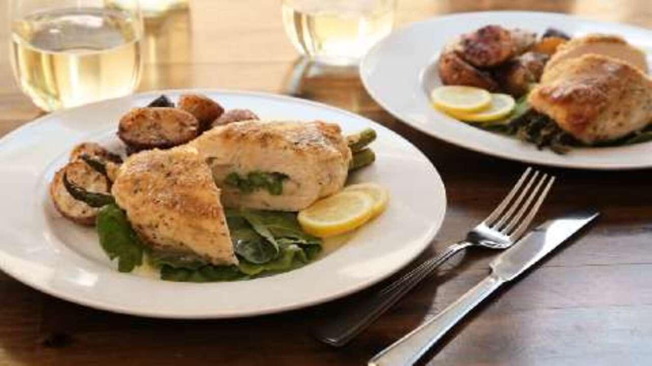 asparagus and mozzarella stuffed chicken breasts video