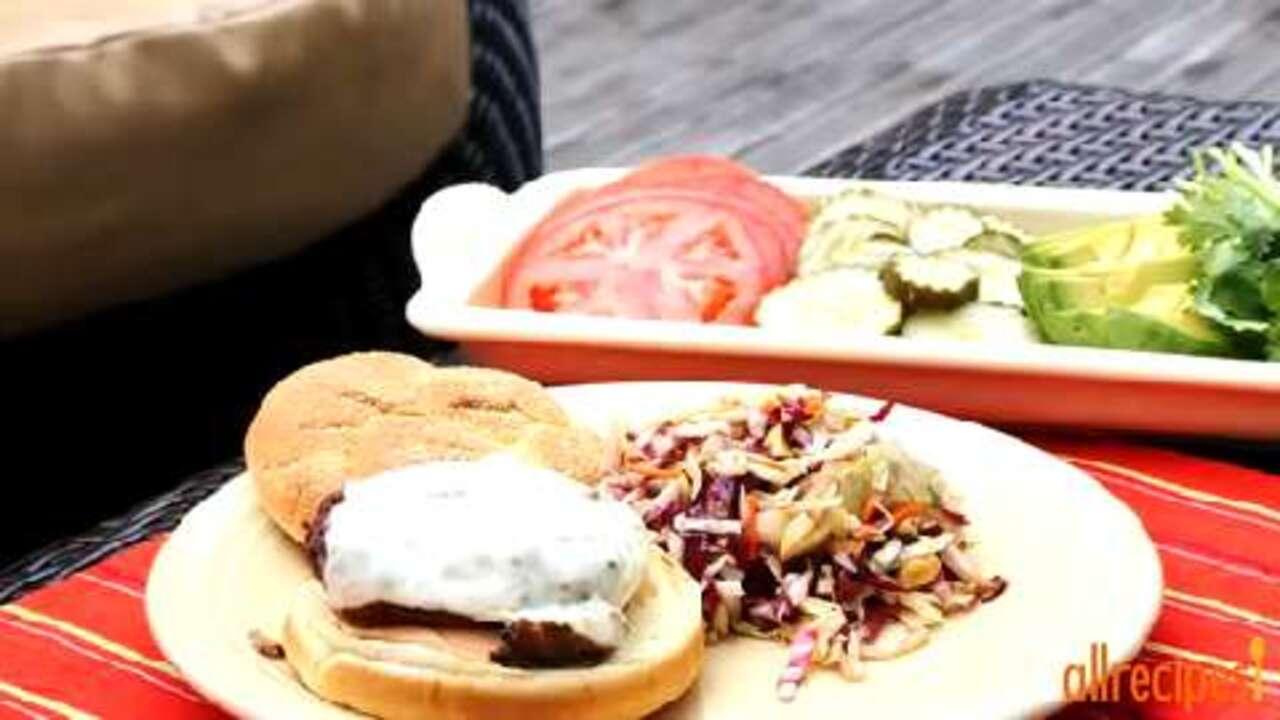 spicy chipotle turkey burgers video