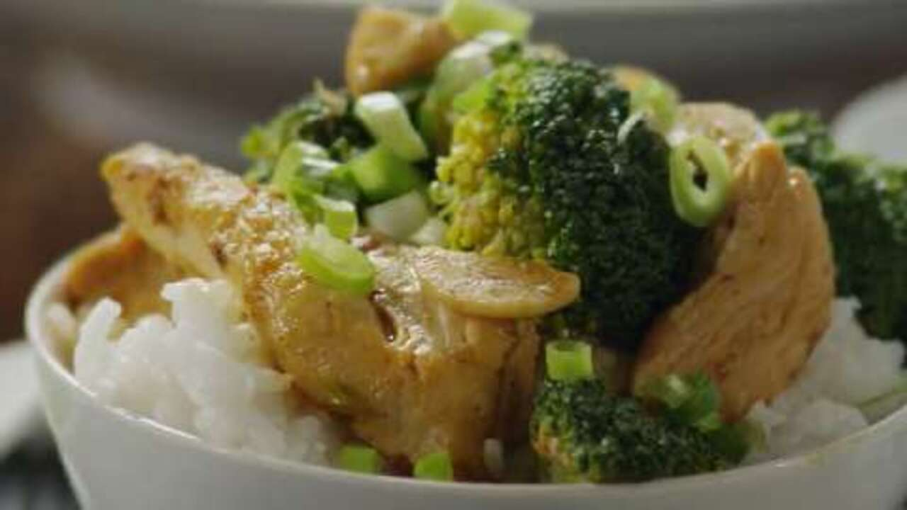 sweet spicy stir fry with chicken broccoli video