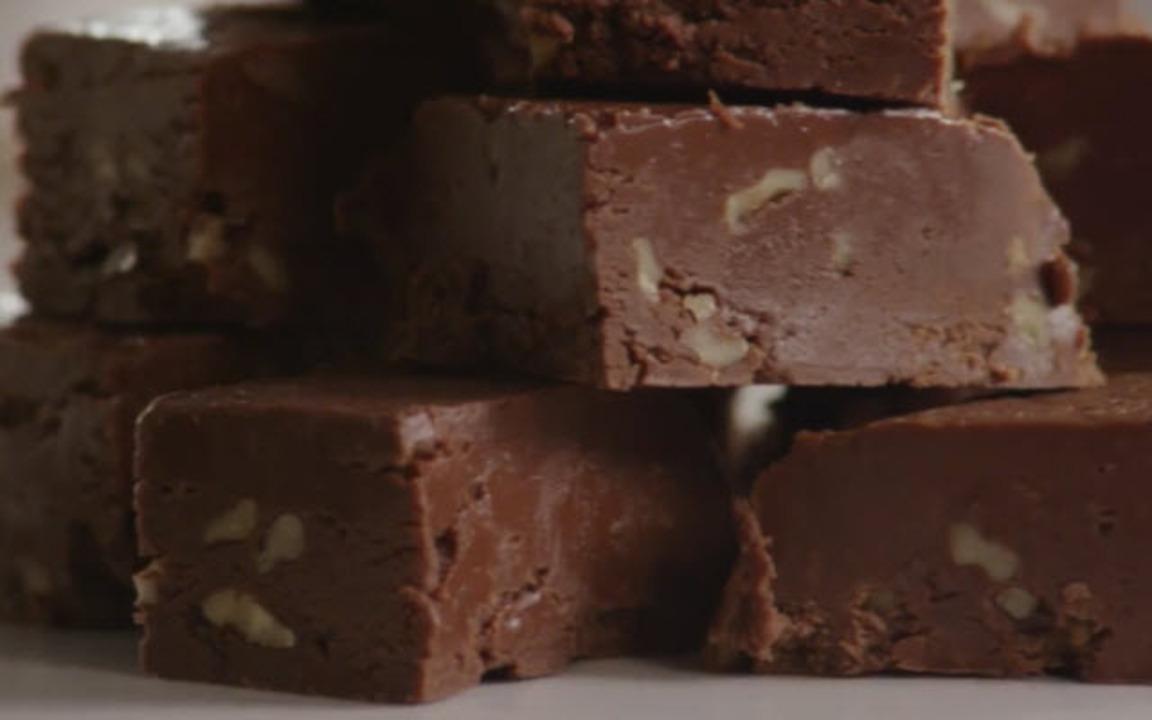 aunt teens creamy chocolate fudge video