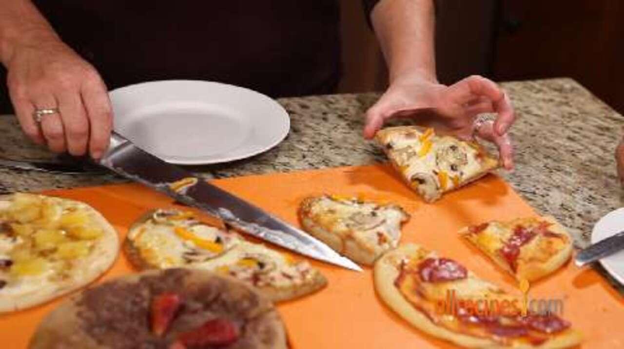 pita pizzas video