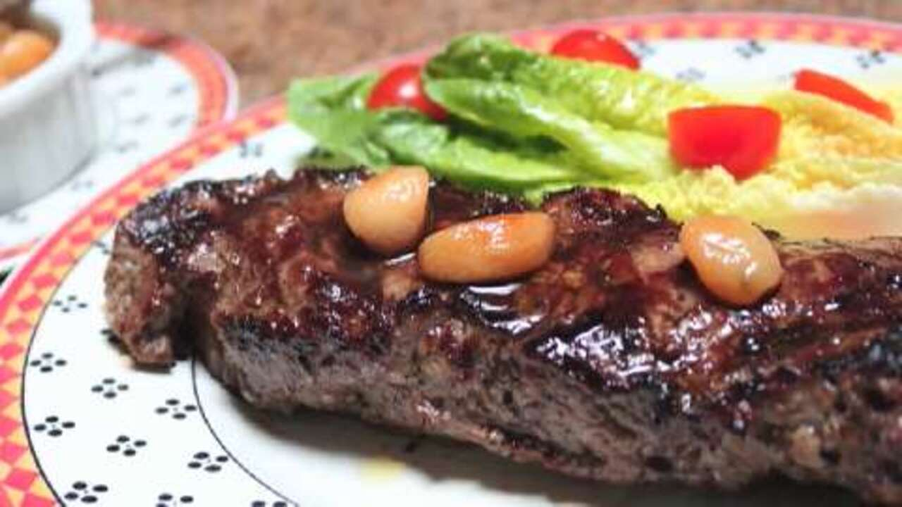 Grilled Garlic Steak with Garlic Video