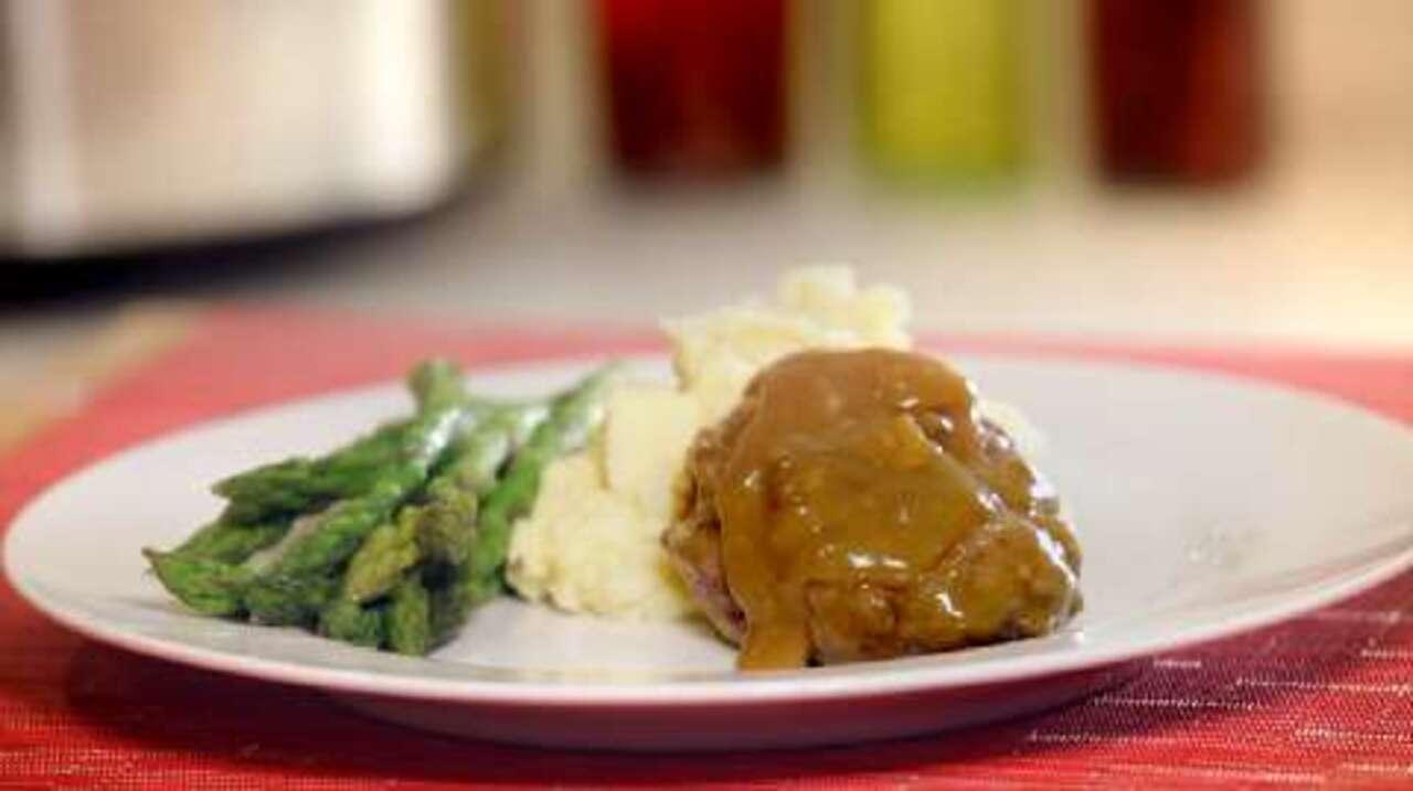 slow cooker salisbury steak video