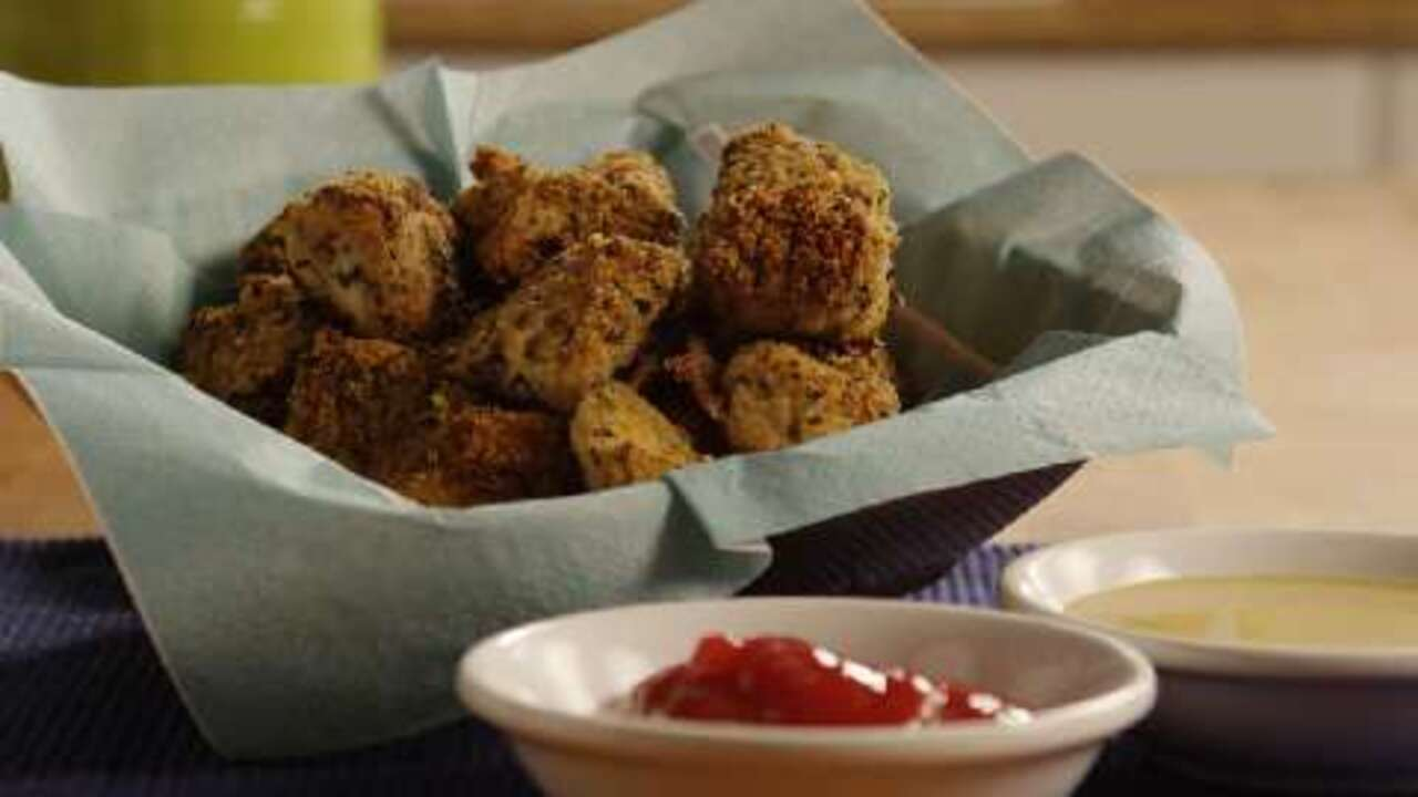baked chicken nuggets video