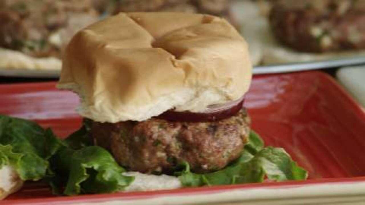 blue cheese burgers video