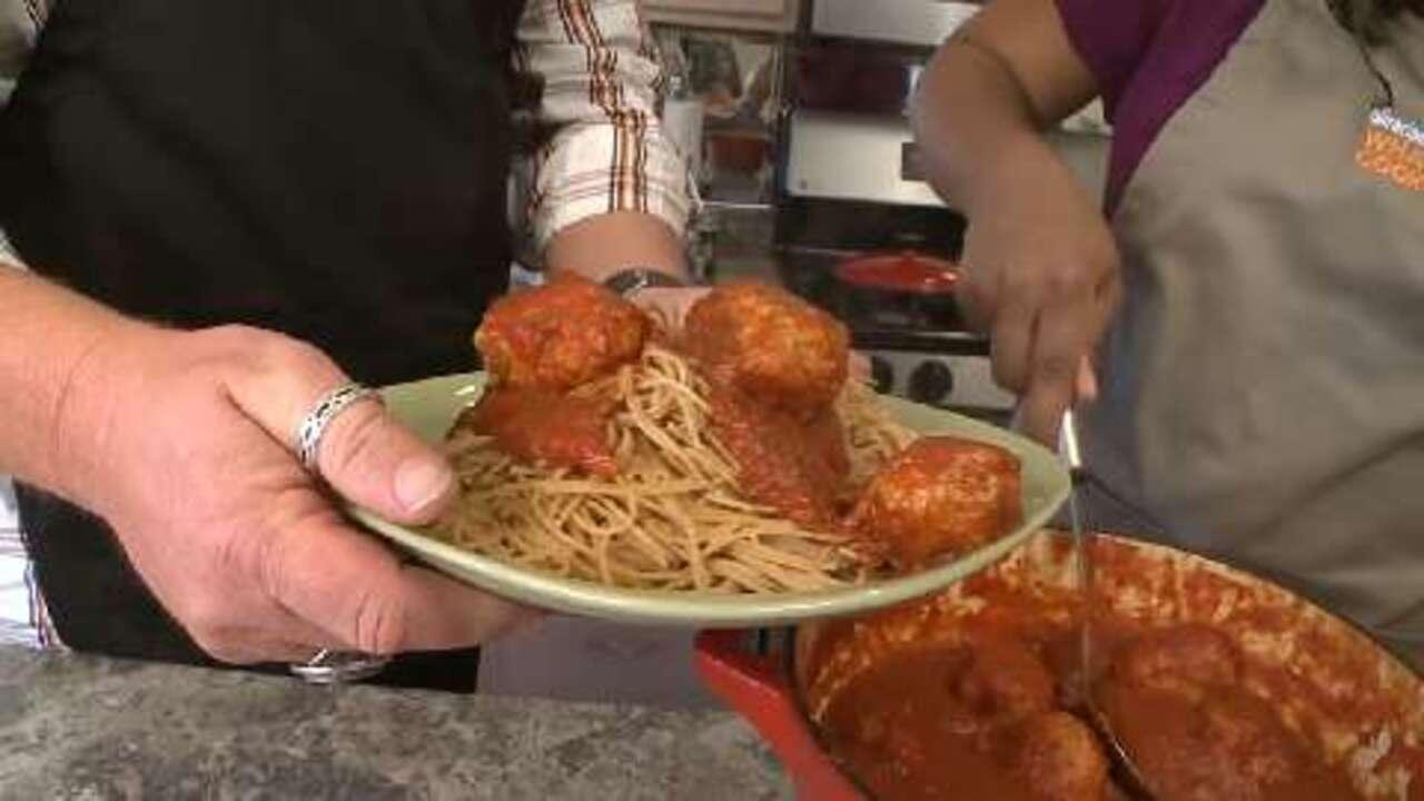 chicken meatballs and spaghetti video