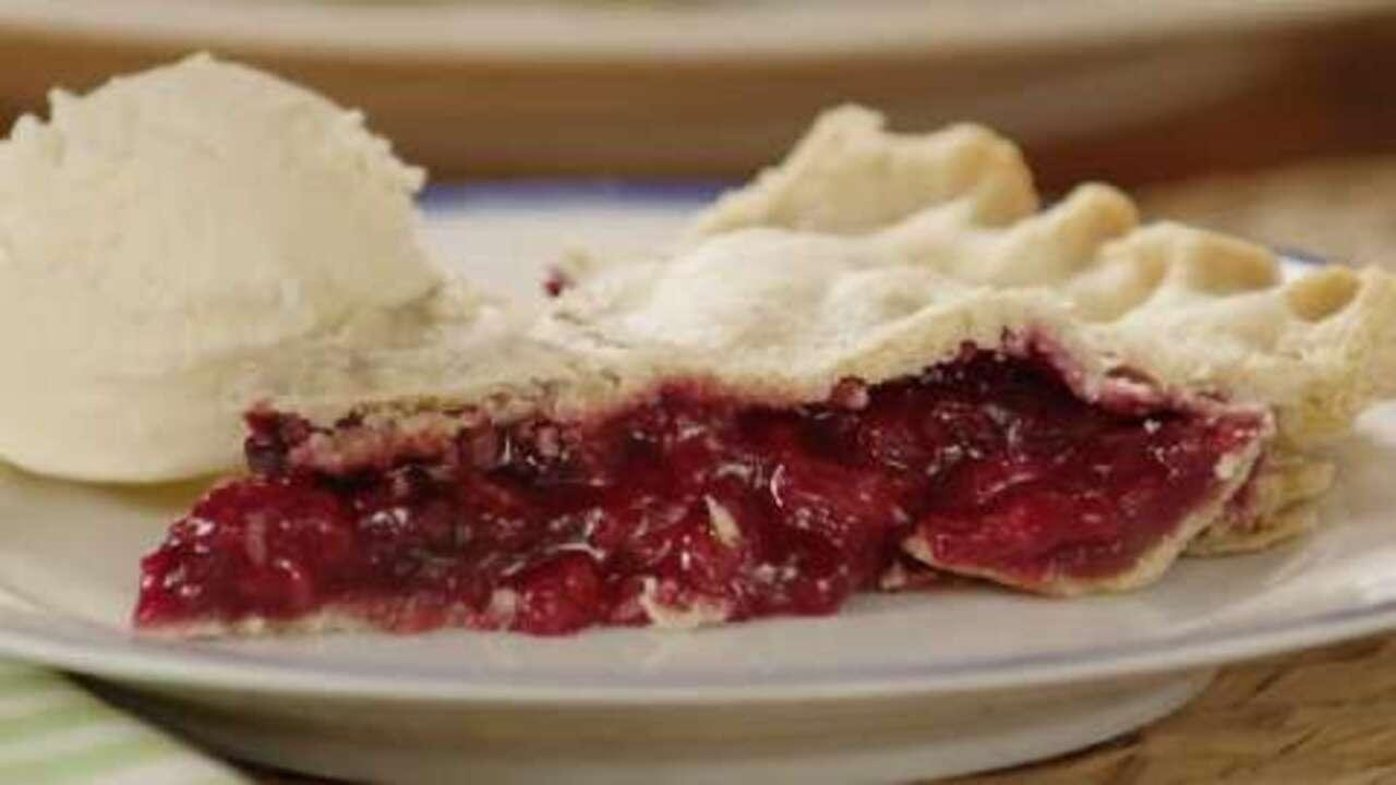 three berry pie video