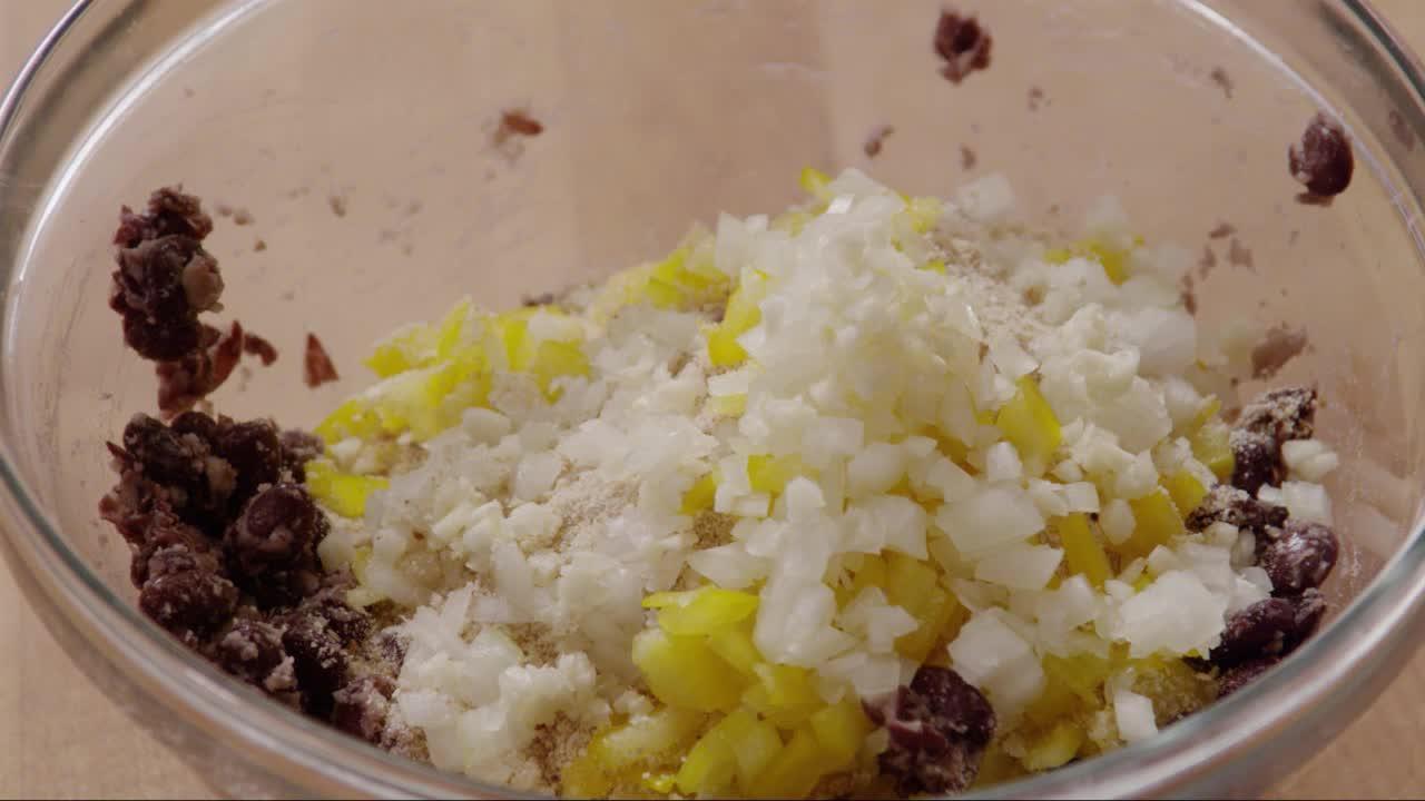 quinoa black bean burgers video