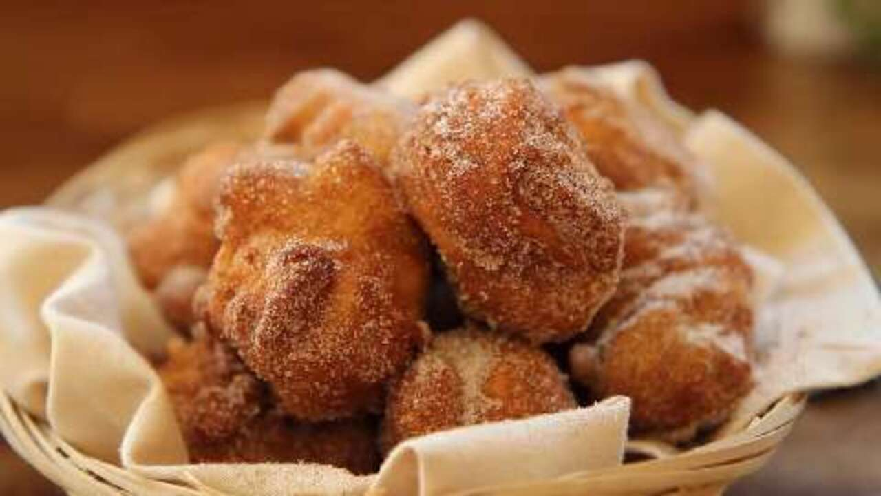 moms apple fritters video