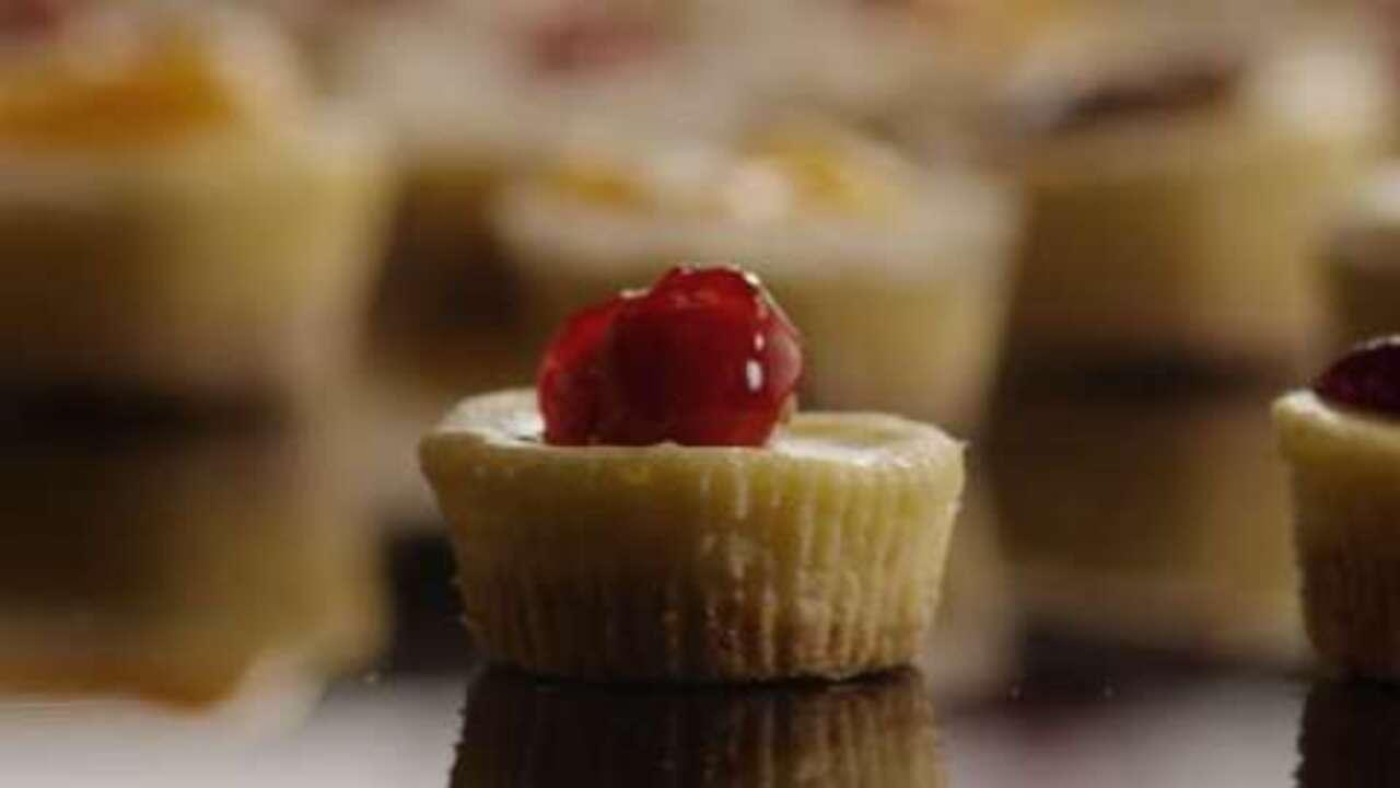 mini cheesecakes i video