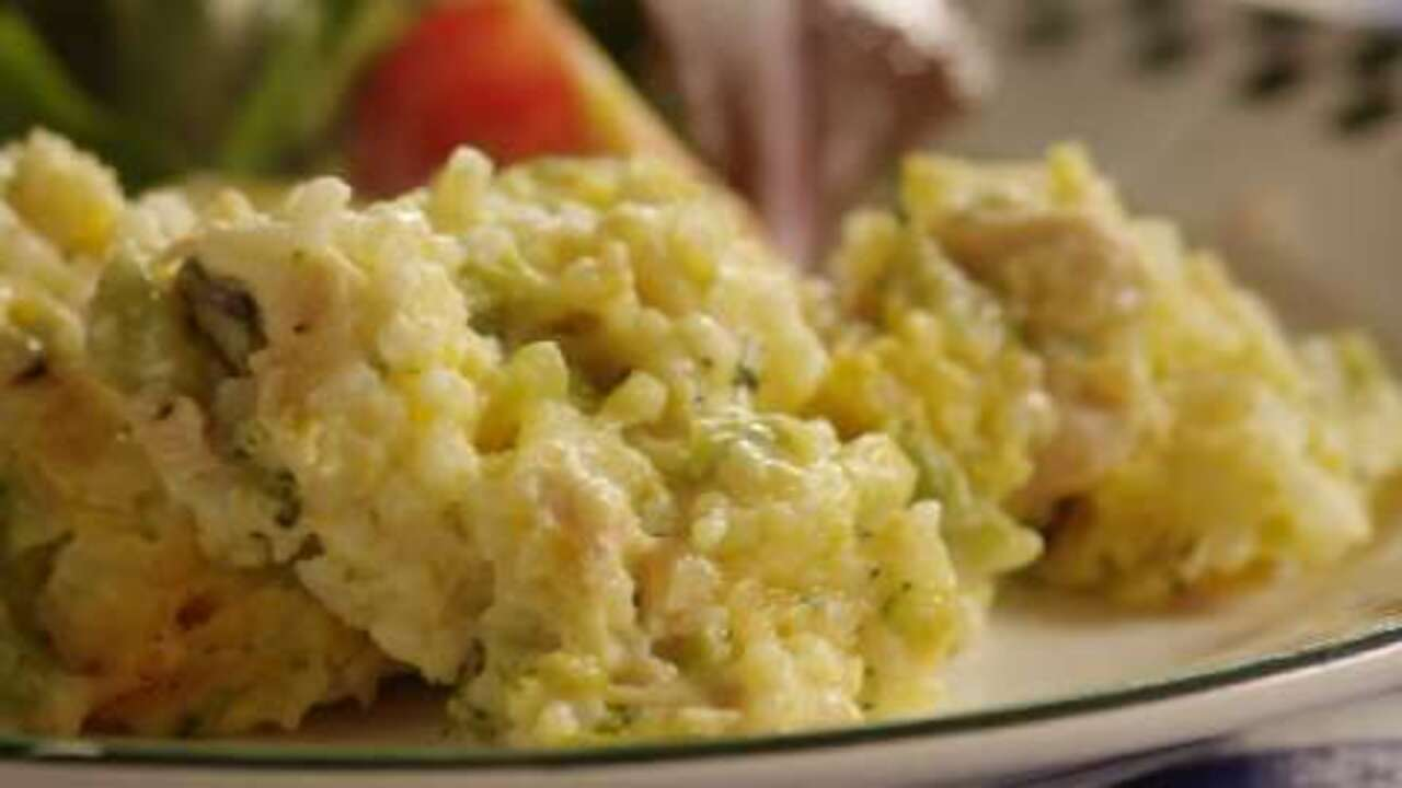 Broccoli, Rice, Cheese, And Chicken Casserole Video -3640