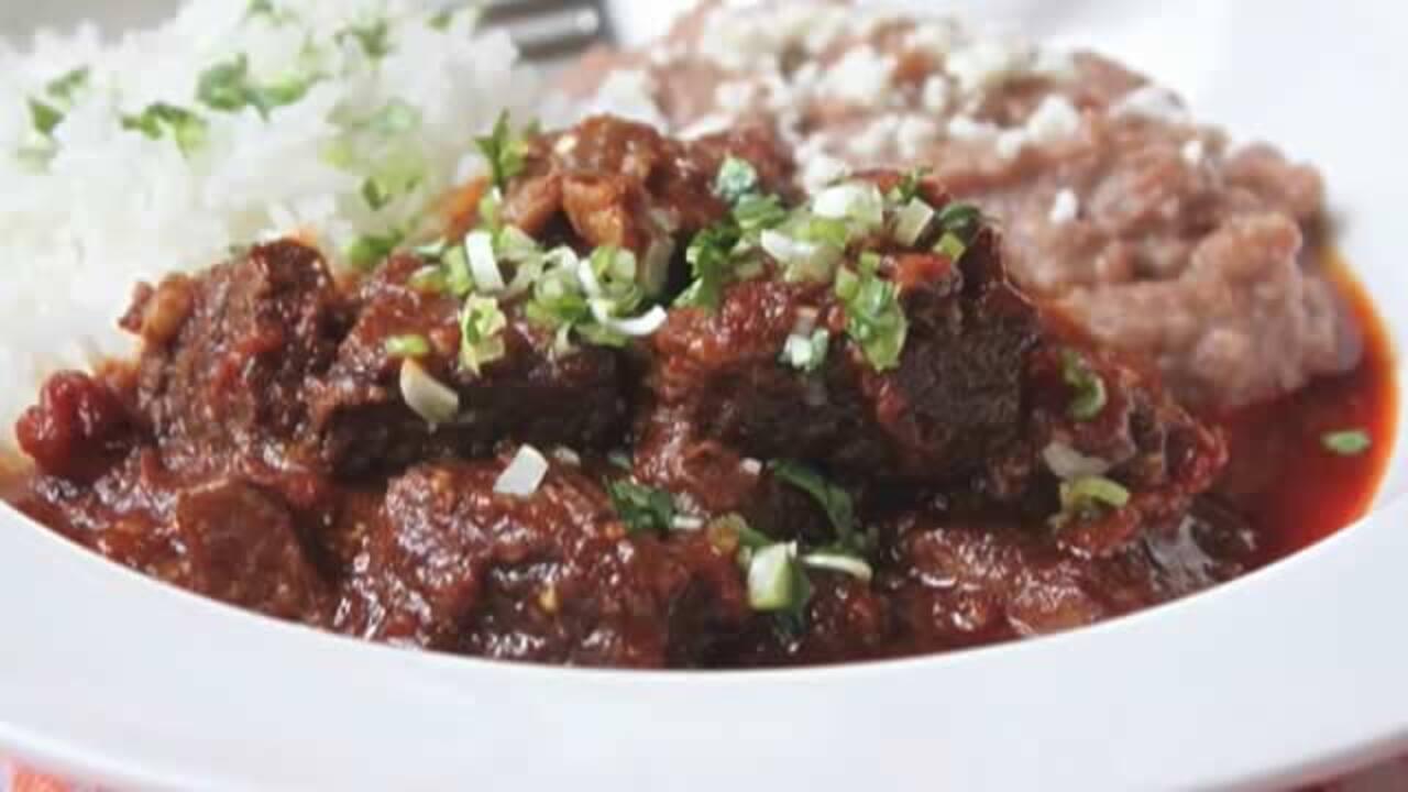 How To Make Pressure Cooker Beef Chili Video Allrecipes Com