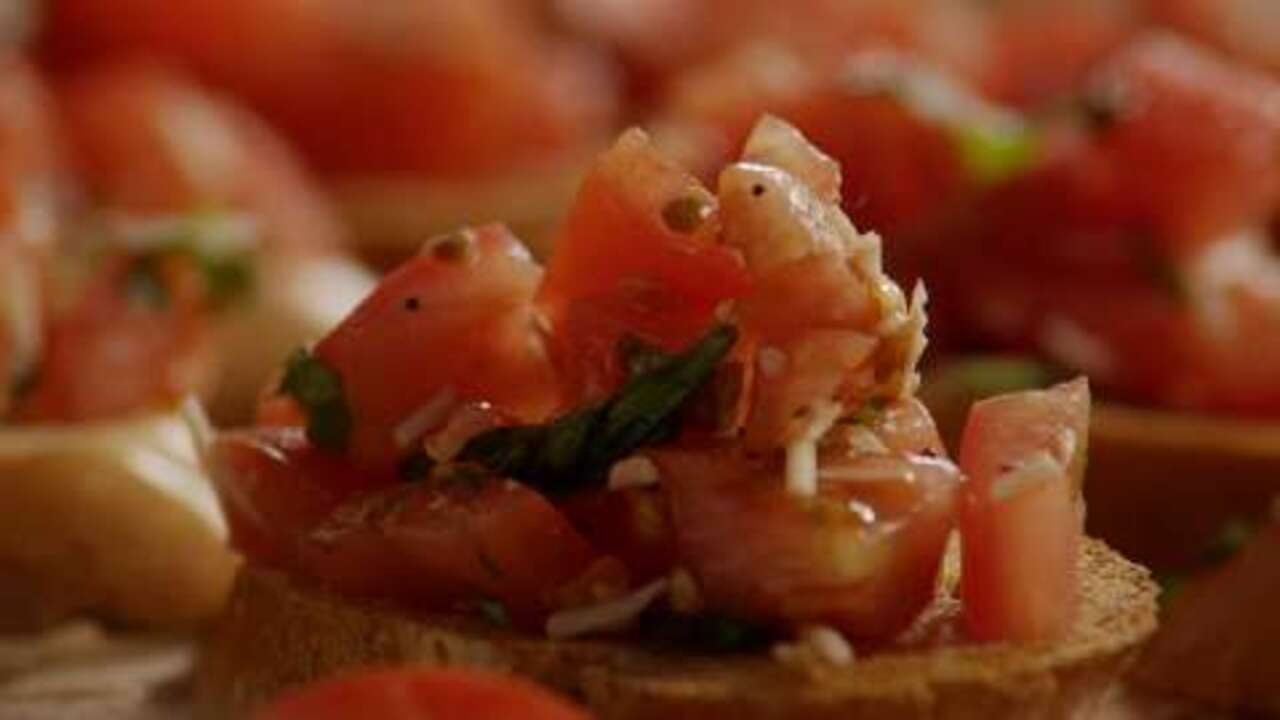 balsamic bruschetta video