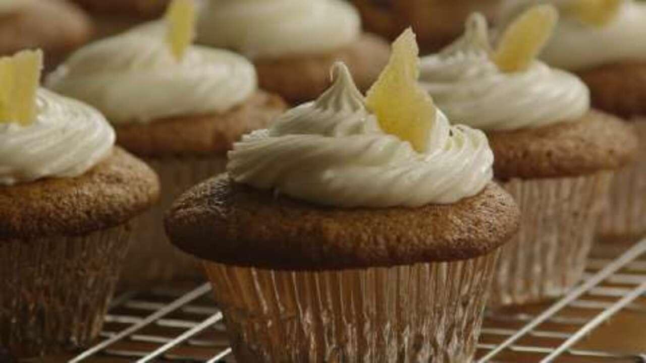 pumpkin ginger cupcakes video