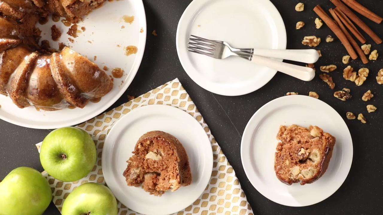 apple harvest pound cake with caramel glaze video