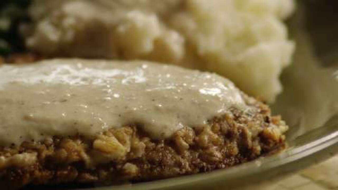country fried steak and milk gravy video