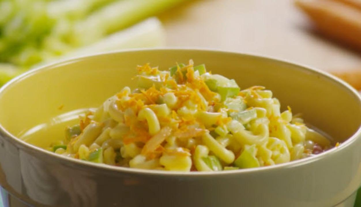 Classic Deli Macaroni Salad Recipe