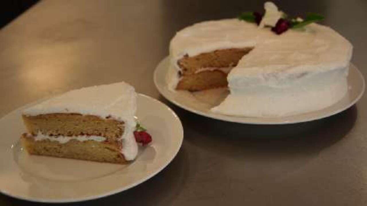 gluten free yellow cake video