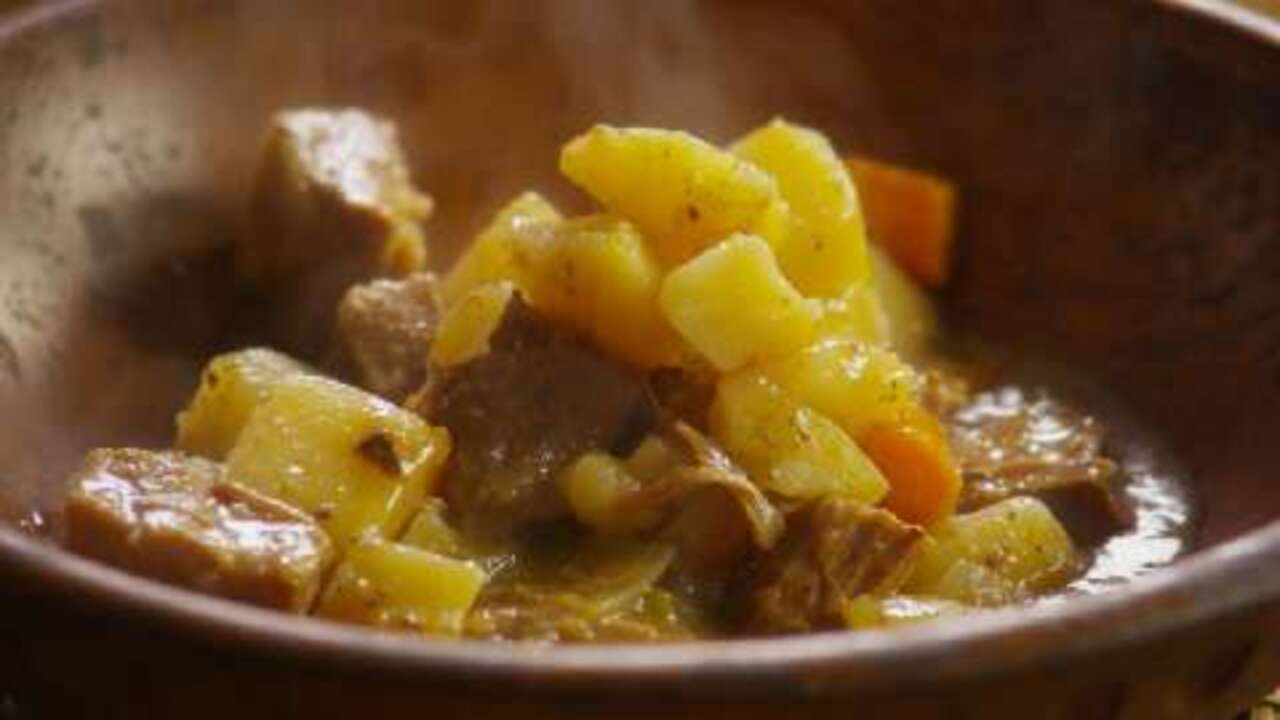 slow cooker beef stew i video