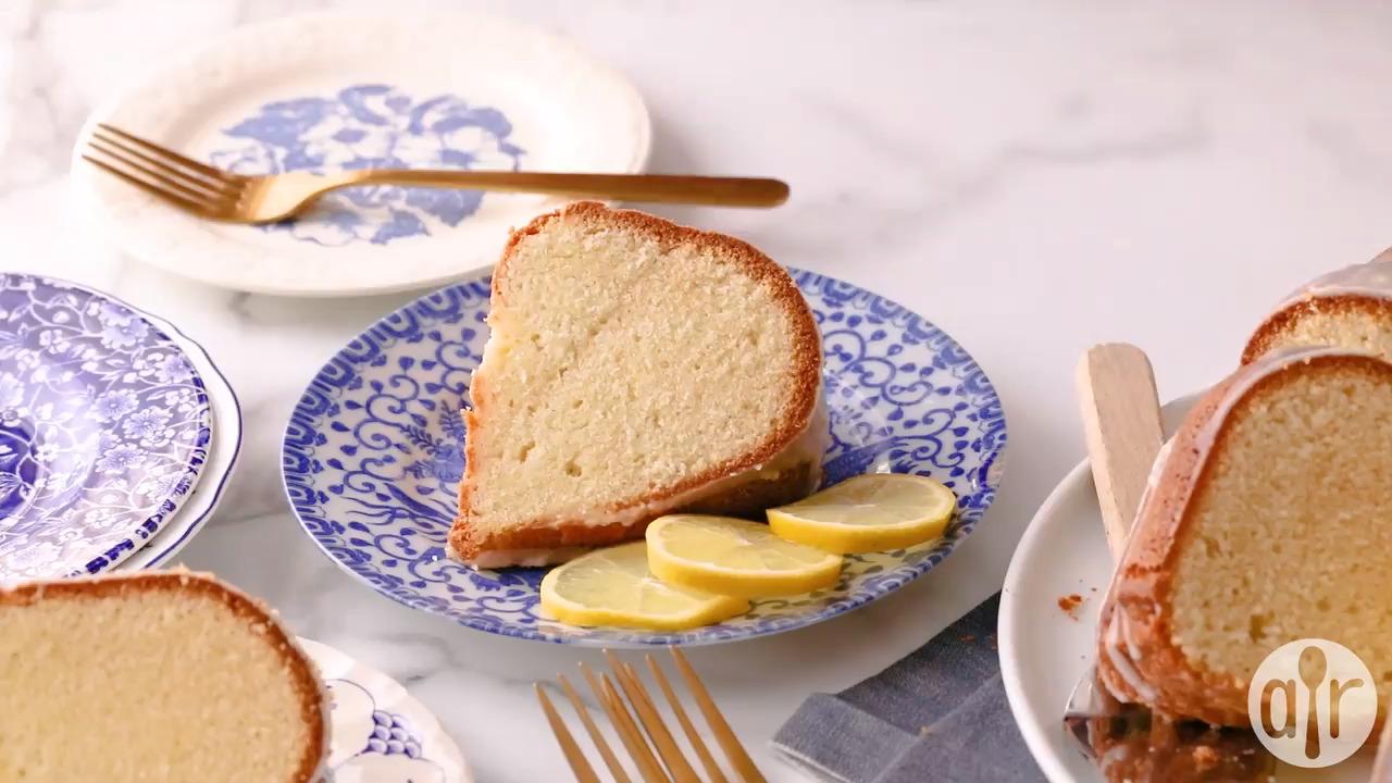 lemon buttermilk pound cake with aunt evelyns lemon glaze video