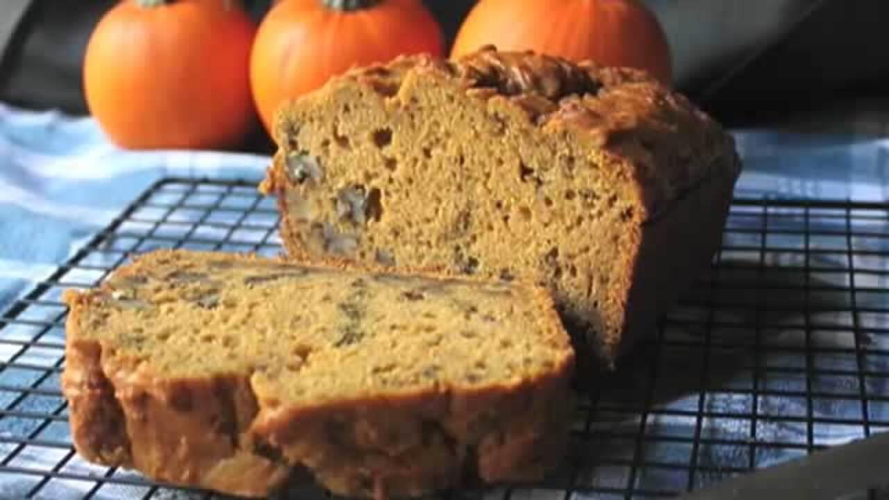 how to make pumpkin bread video