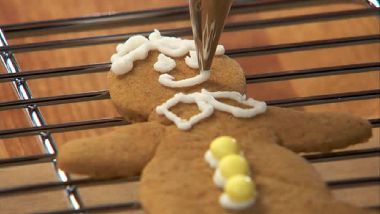 gingerbread cookies video