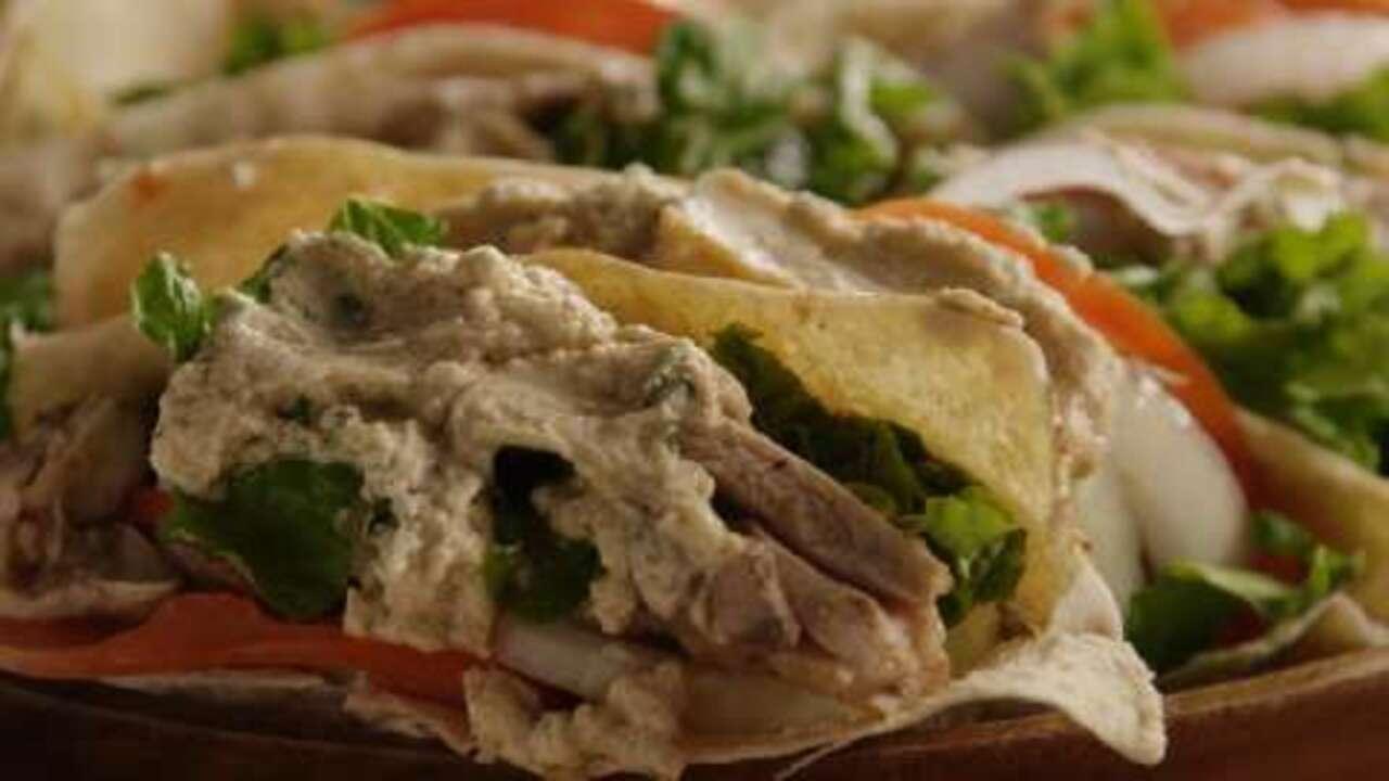 chicken shawarma video