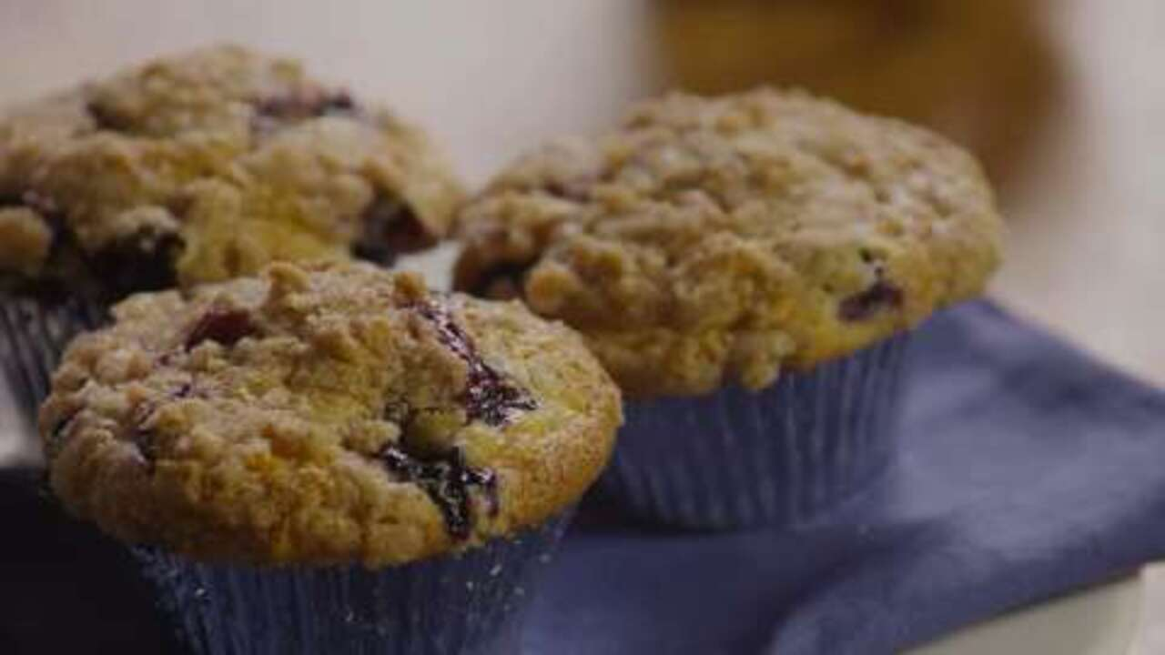to die for blueberry muffins video