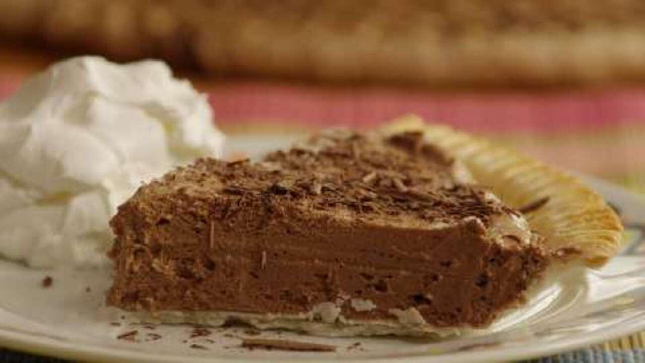 french silk chocolate pie i video