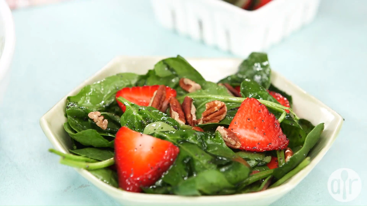 spring strawberry spinach salad video