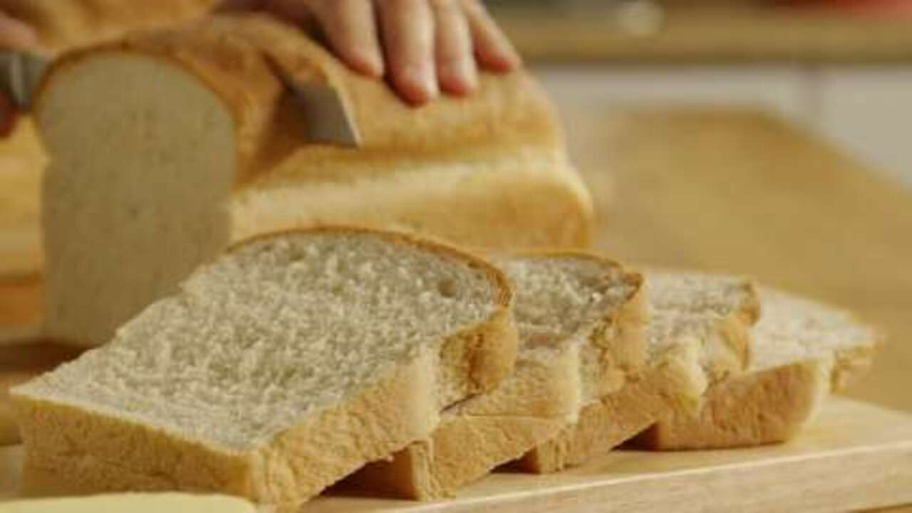traditional white bread video