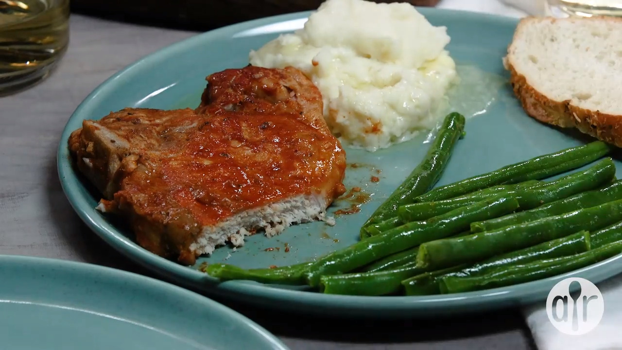 slow cooker bbq pork chops video