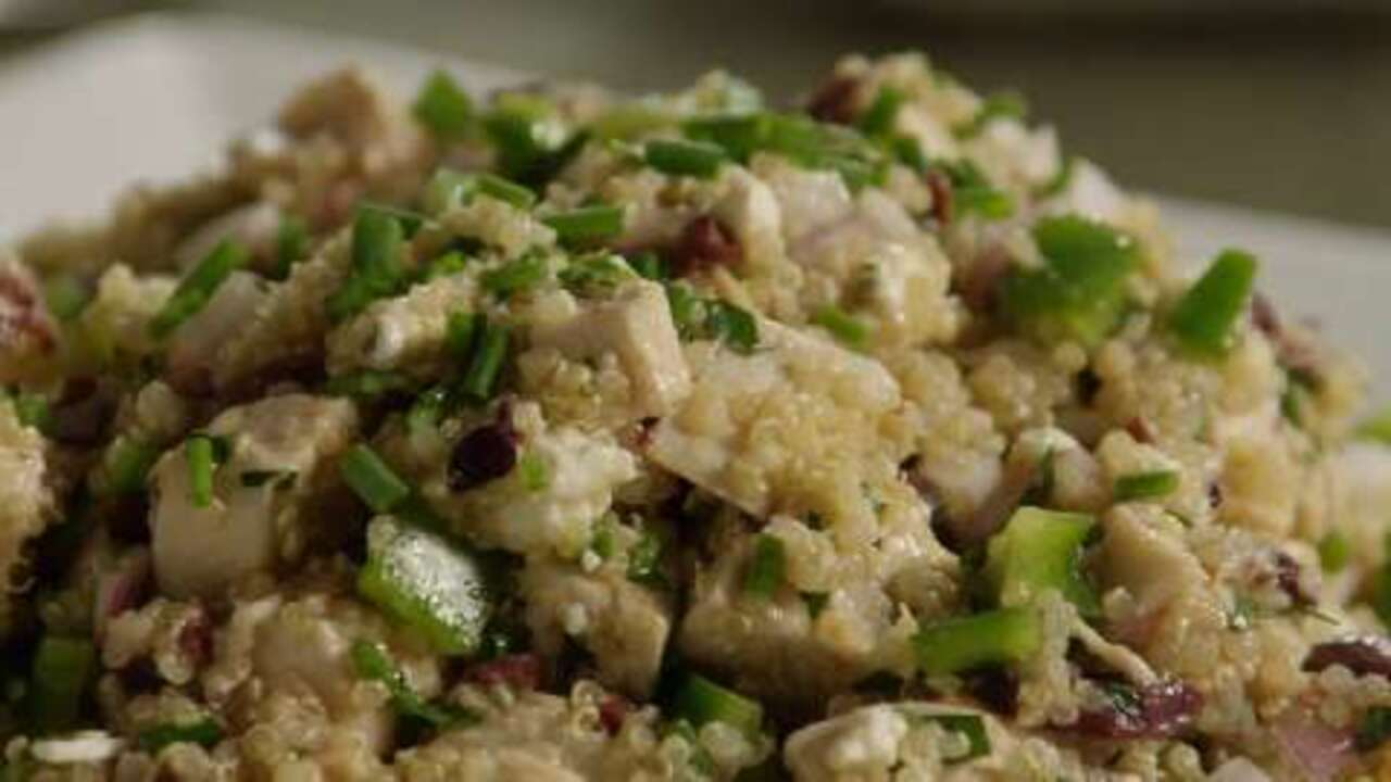 mediterranean quinoa salad video