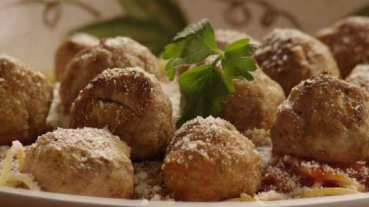 Fast and Friendly Meatballs Video