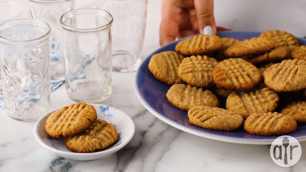 low carb almond cinnamon butter cookies video