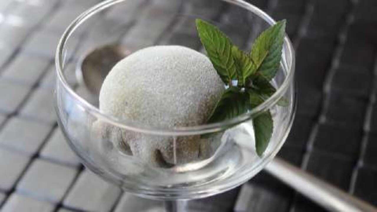 green tea mochi ice cream video