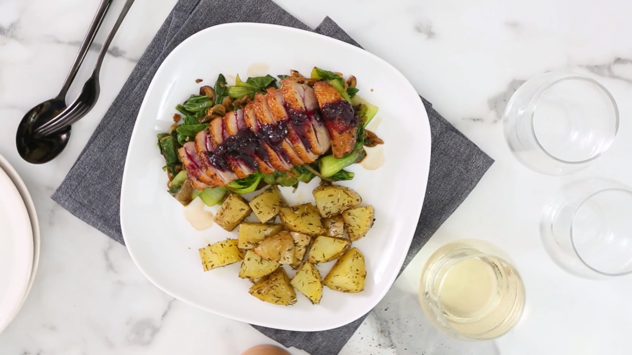 pan seared duck breast with blueberry sauce video