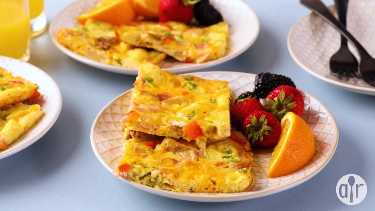 super easy egg casserole video